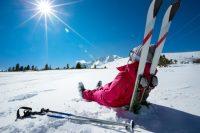 Winterbanden zijn verplicht als je op wintersport gaat.